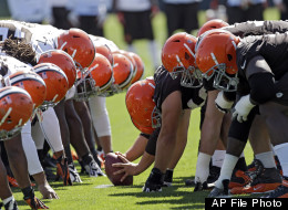 The Cleveland Browns special teams square off during minicamp at the NFL football team's practice facility in Berea, Ohio Tuesday, June 4, 2013. (AP Photo/Mark Duncan)