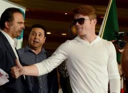 Canelo Alvarez y Floyd Mayweather Jr. hicieron su entrada a Las Vegas