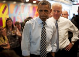 US President Barack Obama and US Vice President Joe Biden (R) arrive to order lunch to go at Taylor Gourmet Deli on Pennsylvania Ave in Washington, DC on October 4, 2013.  AFP PHOTO/Mandel NGAN        (Photo credit should read MANDEL NGAN/AFP/Getty Images)
