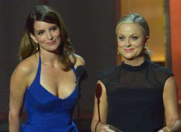 Tina Fey and Amy Poehler will return to host the Golden Globes in 2014 and 2015.