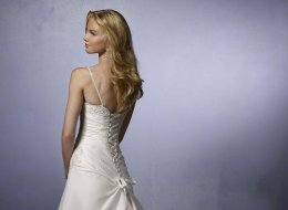Can't Buy Me Love donates wedding gowns to less fortunate brides in B.C. wedding-recycle.com/cant-buy-me-love/Handout