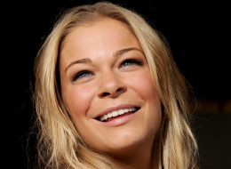 LOS ANGELES, CA - NOVEMBER 05:  Singer Leann Rimes arrives at the premiere of Universal Pictures' 'The Best Man Holiday' at the Chinese Theatre on November 5, 2013 in Los Angeles, California.  (Photo by Kevin Winter/Getty Images)
