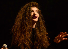 LOS ANGELES, CA - DECEMBER 08:  Lorde aka. Ella Maria Lani Yelich-O'Connor performs during The 24th Annual KROQ Almost Acoustic Christmas at The Shrine Auditorium on December 8, 2013 in Los Angeles, California.  (Photo by C Flanigan/WireImage)