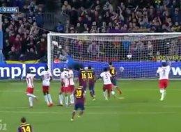 Lionel Messi hizo un gran gol ante Almería