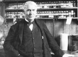 UNSPECIFIED - CIRCA 1754: Thomas Alva Edison (1847-1931) American inventor, in his laboratory at Menlo Park, (Photo by Universal History Archive/Getty Images)