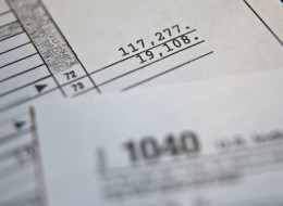 A copy of the U.S. Department of the Treasury Internal Revenue Service 1040 Individual Income Tax form. (Photo: Daniel Acker/Bloomberg via Getty Images)