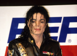 Michael Jackson attends Pepsi press conference on February 3, 1992.  (Photo by Kevin Mazur/WireImage)
