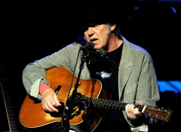 LOS ANGELES, CA - MARCH 29:  Singer/songwriter Neil Young performs at the Dolby Theatre on March 29, 2014 in Los Angeles, California.  (Photo by Kevin Winter/Getty Images)