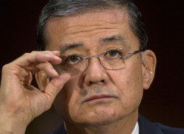 More lawmakers are calling for Veterans Affairs Secretary Eric Shinseki to resign. Andrew Harrer/Bloomberg via Getty Images