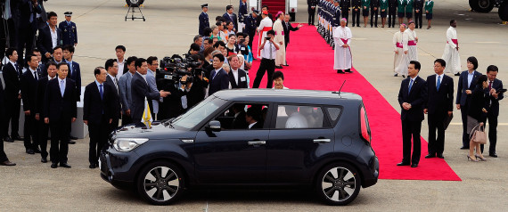 POPE FRANCIS SOUL CAR