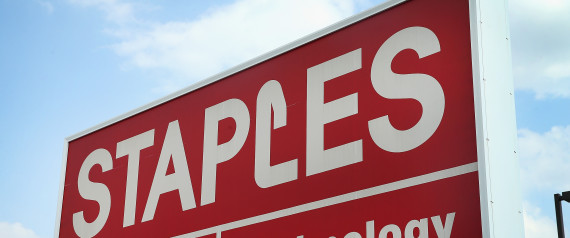 STAPLES STORE SIGN