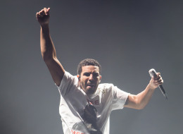 CAMDEN, NJ - AUGUST 21:  Rapper Drake performs Drake Vs Lil Wayne Tour at the Susquehanna Bank Center on August 21, 2014 in Camden, New Jersey.  (Photo by Gilbert Carrasquillo/Getty Images)