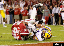 TUSCALOOSA, AL - NOVEMBER 05: Eric Reid #1 of the LSU Tigers against Michael Williams #89 of the Alabama Crimson Tide at Bryant-Denny Stadium on November 5, 2011 in Tuscaloosa, Alabama. (Photo by Kevin C. Cox/Getty Images)