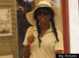 Sinitta has rejoined pal Simon Cowell on his holiday.