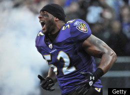 BALTIMORE, MD - DECEMBER 24: Ray Lewis #52 of the Baltimore Ravens is introduced before the game against the Cleveland Browns at M&T Bank Stadium on December 24. 2011 in Baltimore, Maryland. The Ravens lead the Browns 17-0 at the half. (Photo by Larry French/Getty Images)