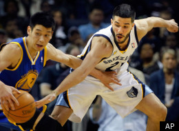Memphis Grizzlies guard Greivis Vasquez tries to make a steal on then-Golden State Warriors guard Jeremy Lin (7) in an NBA basketball game Wednesday, March 30, 2011, in Memphis, Tenn. (AP Photo/Jim Weber)