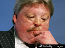 Simon Weston will challenge Alun Michael for the South Wales Police Commissioner Job