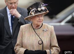 Queen Elizabeth II Unveils A Jubilee Greenway Disc Outside Buckingham Palace