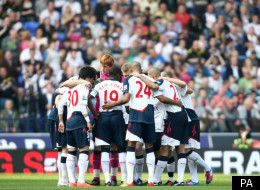 Bolton players huddle before Saturday's match