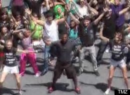Alfonso Ribeiro leads a flash mob in the 'Carlton Dance' that he made famous on 'The Fresh Prince Of Bel Air.'