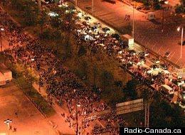 La manifestation sur Viger. (Radio-Canada.ca)