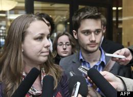 Martine Desjardins, présidente de la FEUQ, et Léo Bureau-Blouin, président de la FECQ. (AFP)