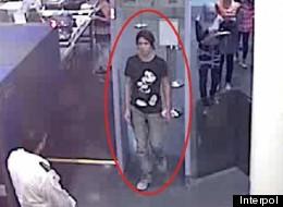 Luka Rocco Magnotta à l'aéroport. (Interpol)