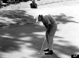 Orville Moody holes out on the 18th green to win the 1969 U.S. Open Championship in Houston, Tex., on June 15, 1969. (AP Photo)