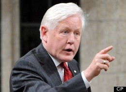 Bob Rae will not be running for the permanent Liberal leadership. (CP)