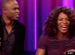 Serena Williams is serenaded by Wayne Brady on