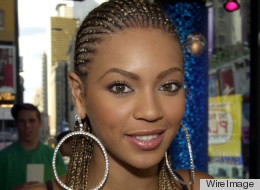 Beyonce shows off her braided hair in 2001 on MTV's