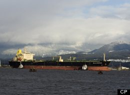 The cost of an oil spill outweighs Northern Gateway's economic benefits, says a UBC study. (Canadian Press)