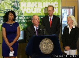 Mayor Bloomberg announces Weight Watchers and leading weight loss organizations support city's anti-obesity proposal (Photo: Spencer T. Tucker)