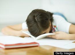 Consejos para lograr que los adolescentes renuentes lean.