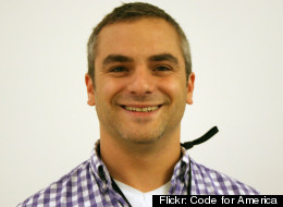 SeeClickFix founder Ben Berkowitz talks to the Huffington Post about his Chicago expansion.