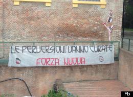 Lo striscione affisso al Cassero