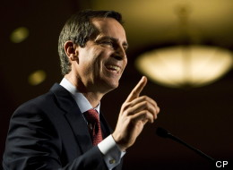 Premier Dalton McGuinty says the province has reached a tentative fee agreement with the Ontario Medical Association. (CP)