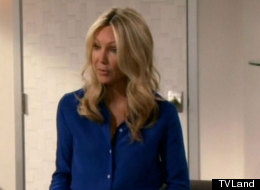 'Hot In Cleveland: Heather Locklear Is Melanie's Demanding New Boss