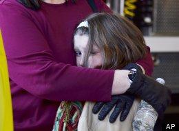 Niños hablan de lo que experimentaron en el tiroteo en su escuela.