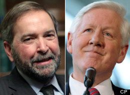 A new poll shows the Conservatives remain in the lead in national voting intentions and hints that co-operation between the Liberals and the NDP might not be able to change that. (CP)
